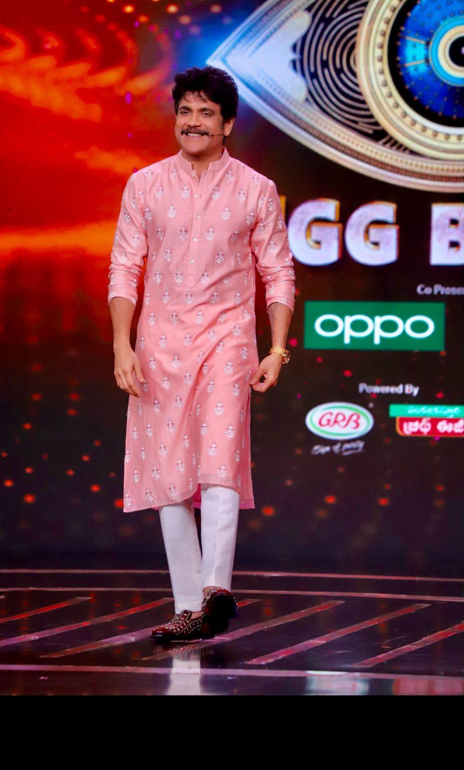 Nagarjuna Akkineni in anita dongre kurta suit for big boss telugu diwali