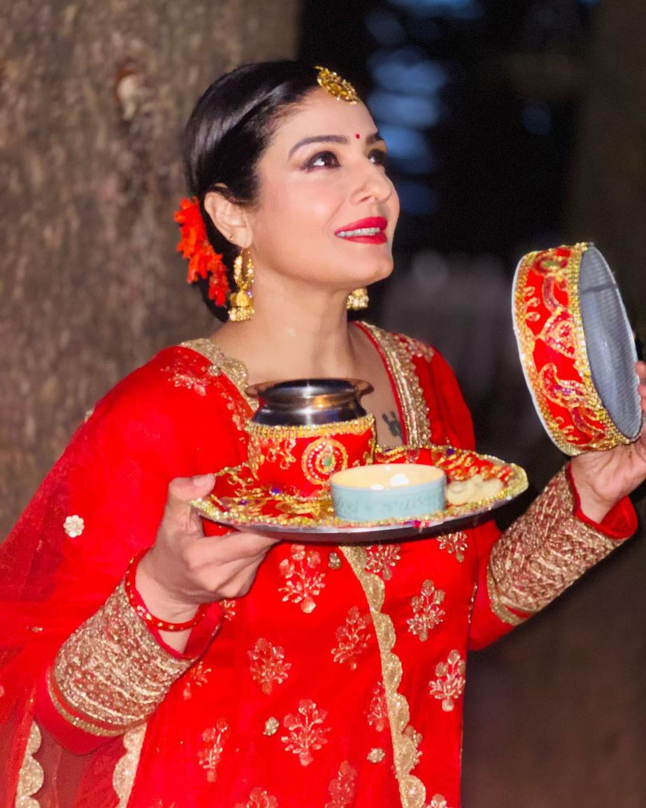 Raveena in red salwar suit for karwa chauth 4