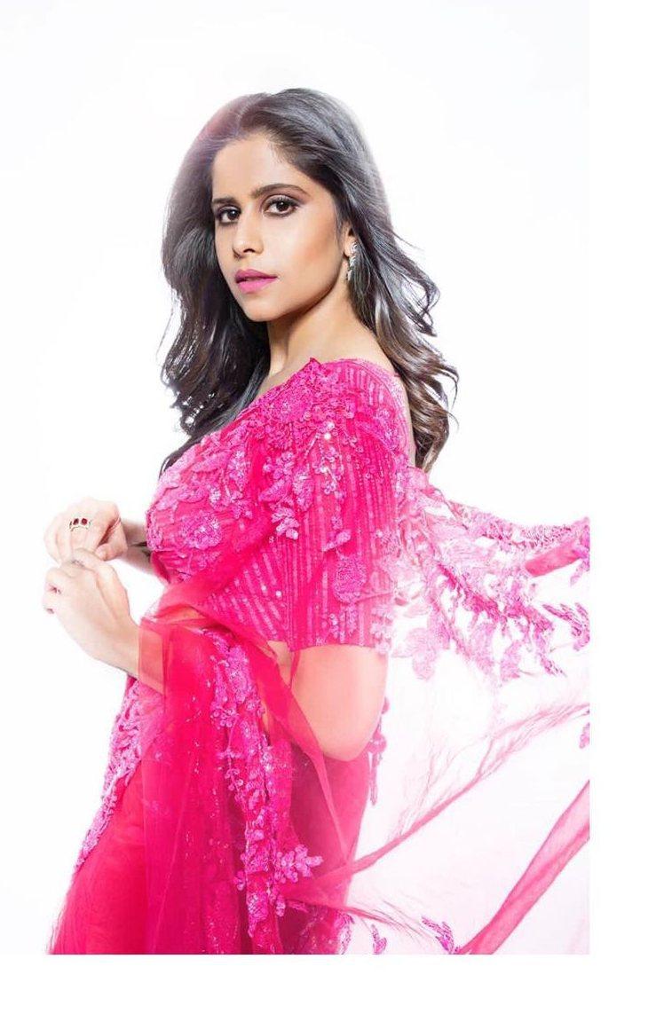 Sai tamhankar in a pink saree by premya 3