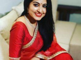 Sneha Prasanna in red organza saree