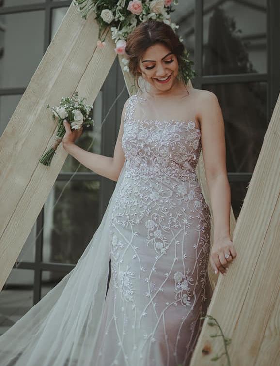 madonna sebastian in sleeveless wedding gown