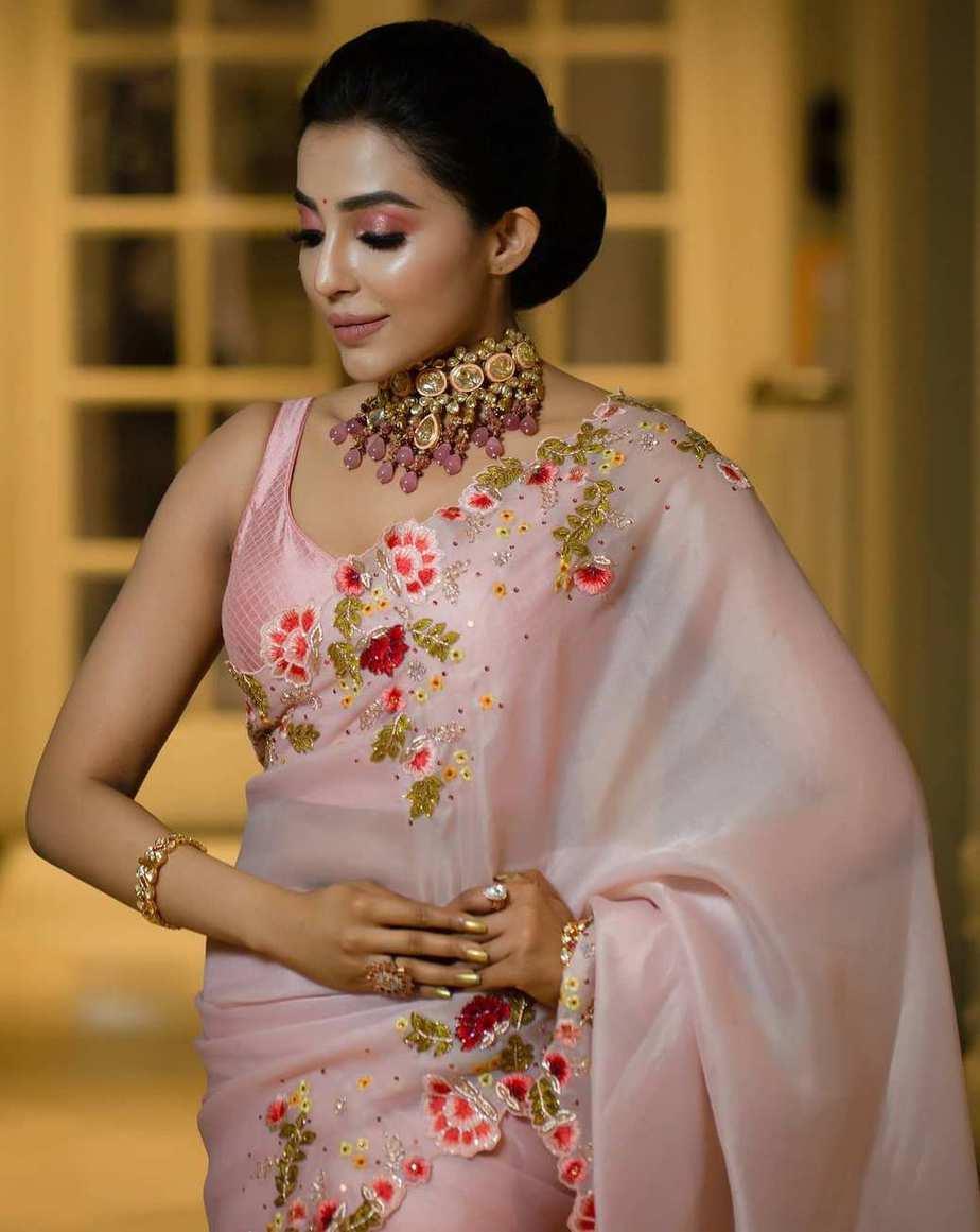 parvati nair in pink organza floral saree