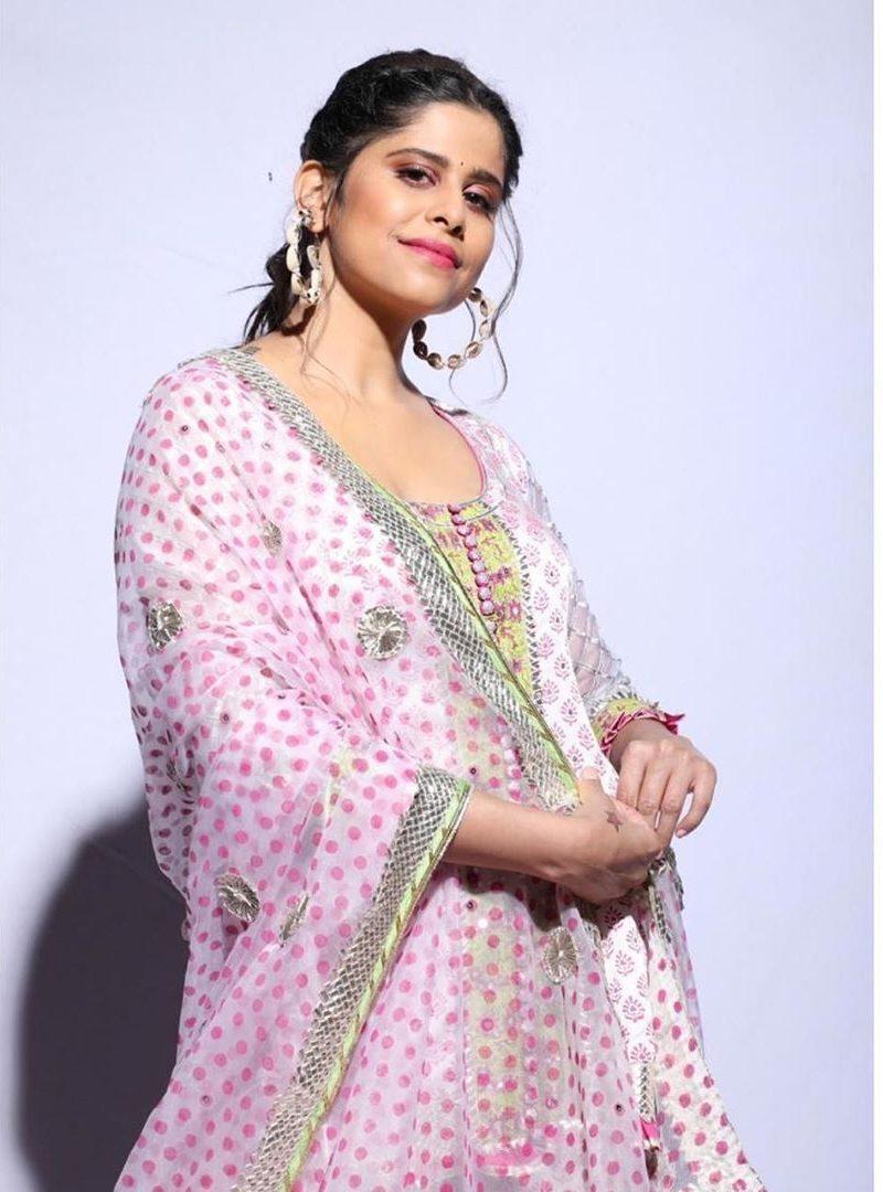 sai tamhankar in pink kurta set by maahera jaipur2