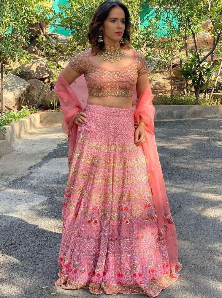 saina nehwal in pastel pink lehenga from jade