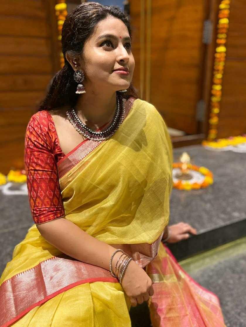 sneha prasanna karthigai deepam traditional look