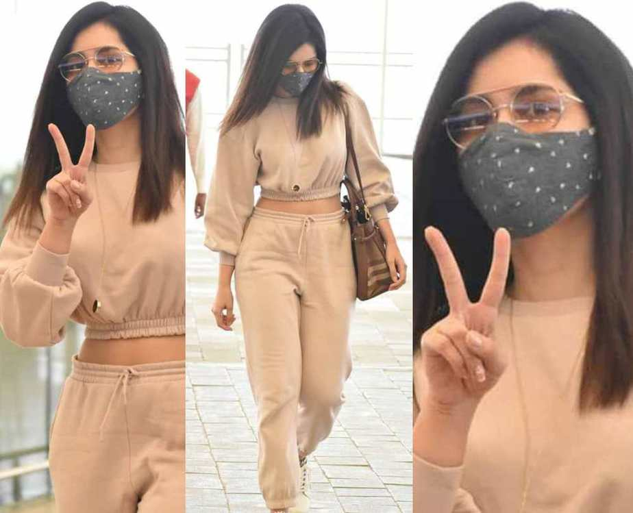 Actress raashi khanna in a biege co-ord set at the airport featured