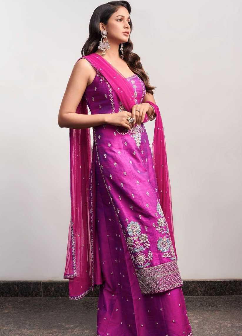 Lavanya Tripathi in violet anita dongre set3