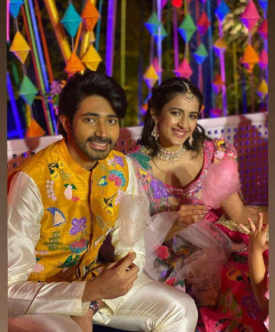 Niharika and chaitanya mehndi pics
