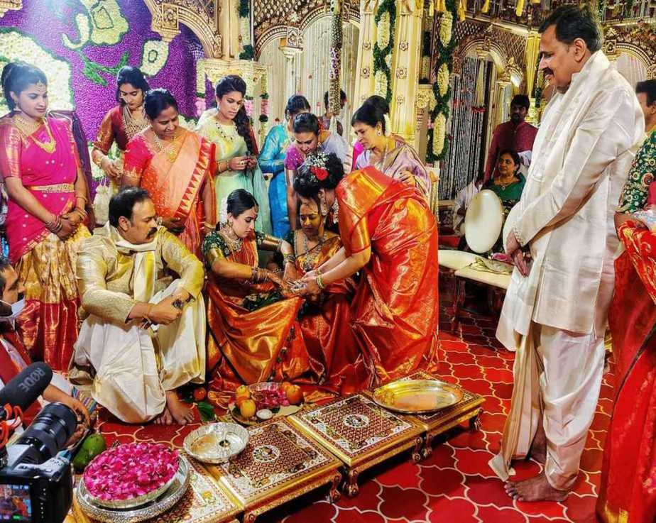 Niharika -chaitanya wedding first pics2.1