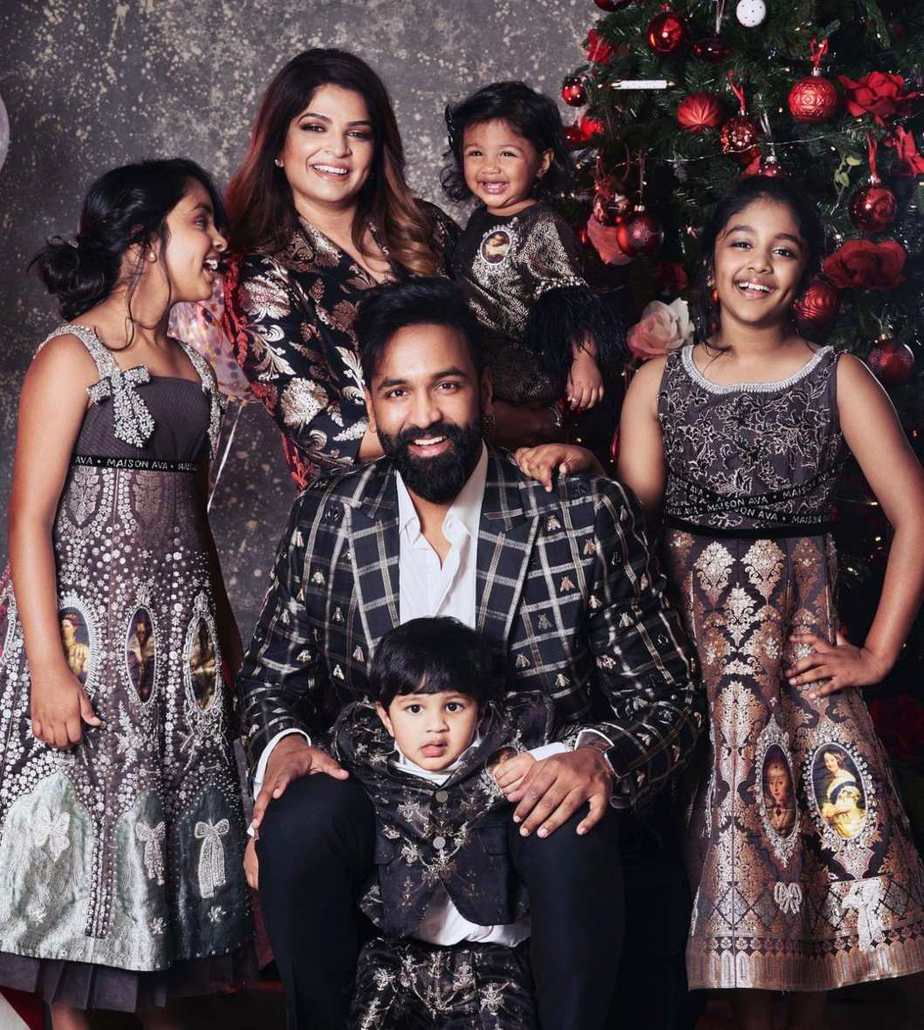 Vishnu Manchu and family in black outfits by maison ava