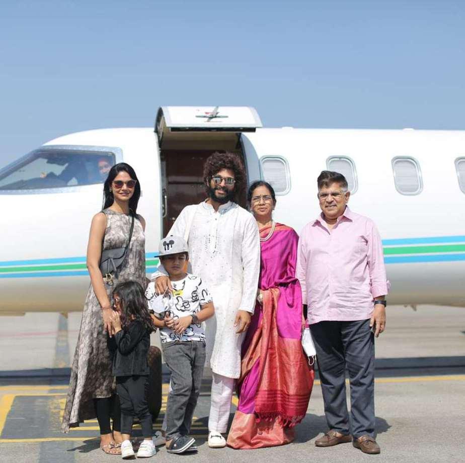 allu arjun family at udaipur (2)