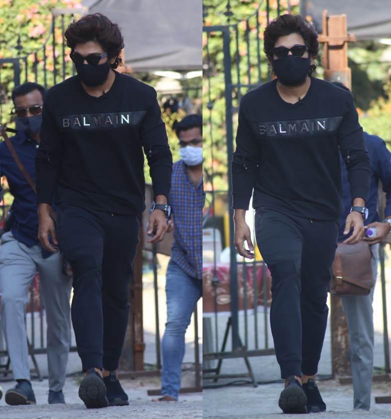 allu arjun in blamian black tshirt for samjam show (1)
