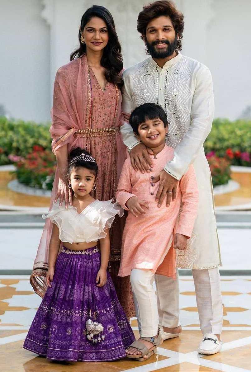 arha allu in white top purple skirt