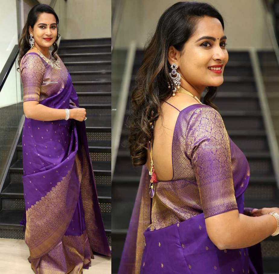 himaja in purple saree at malabr gold and diamonds event (2)