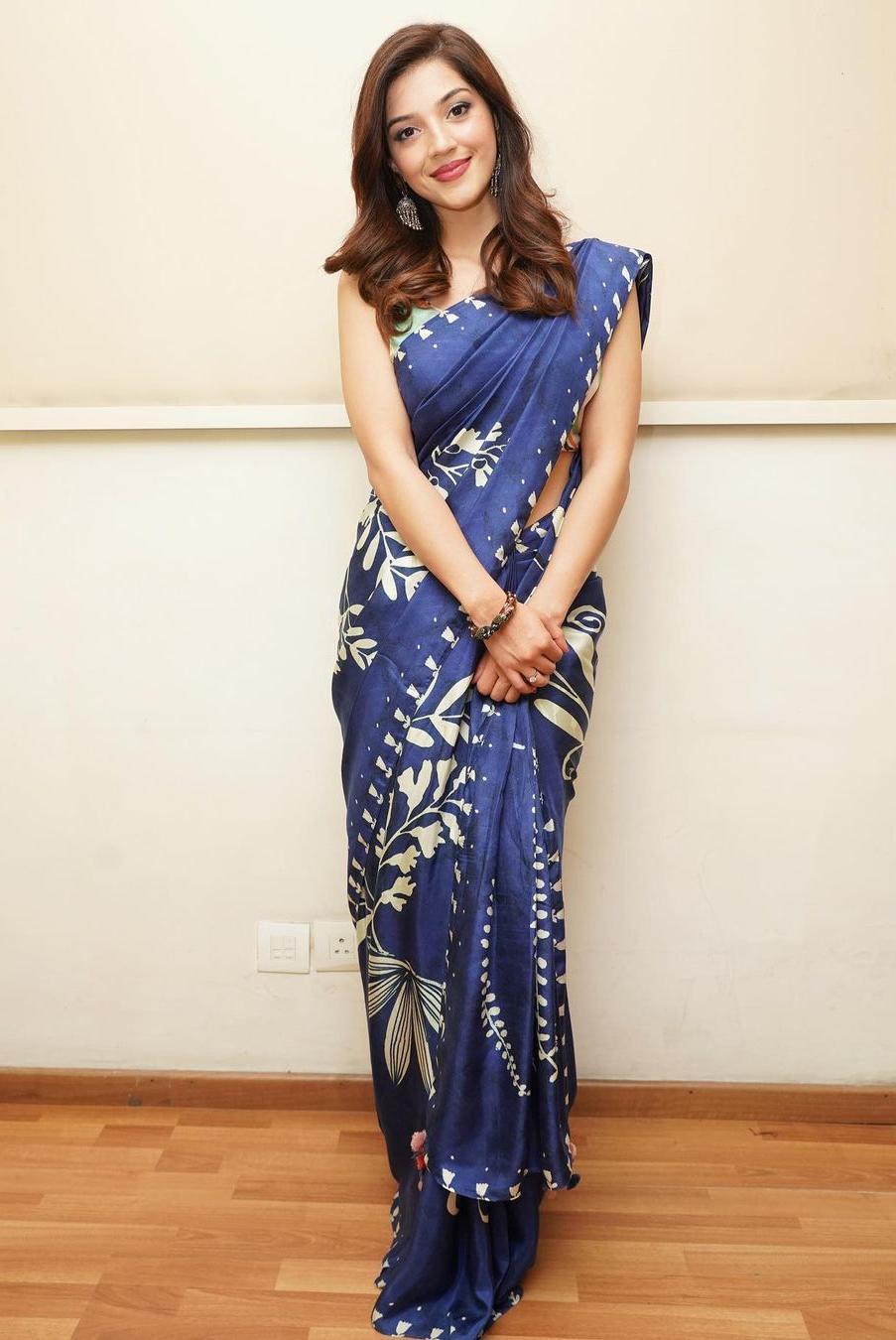 mehreen pirzada at big boss finale in a royal blue saree
