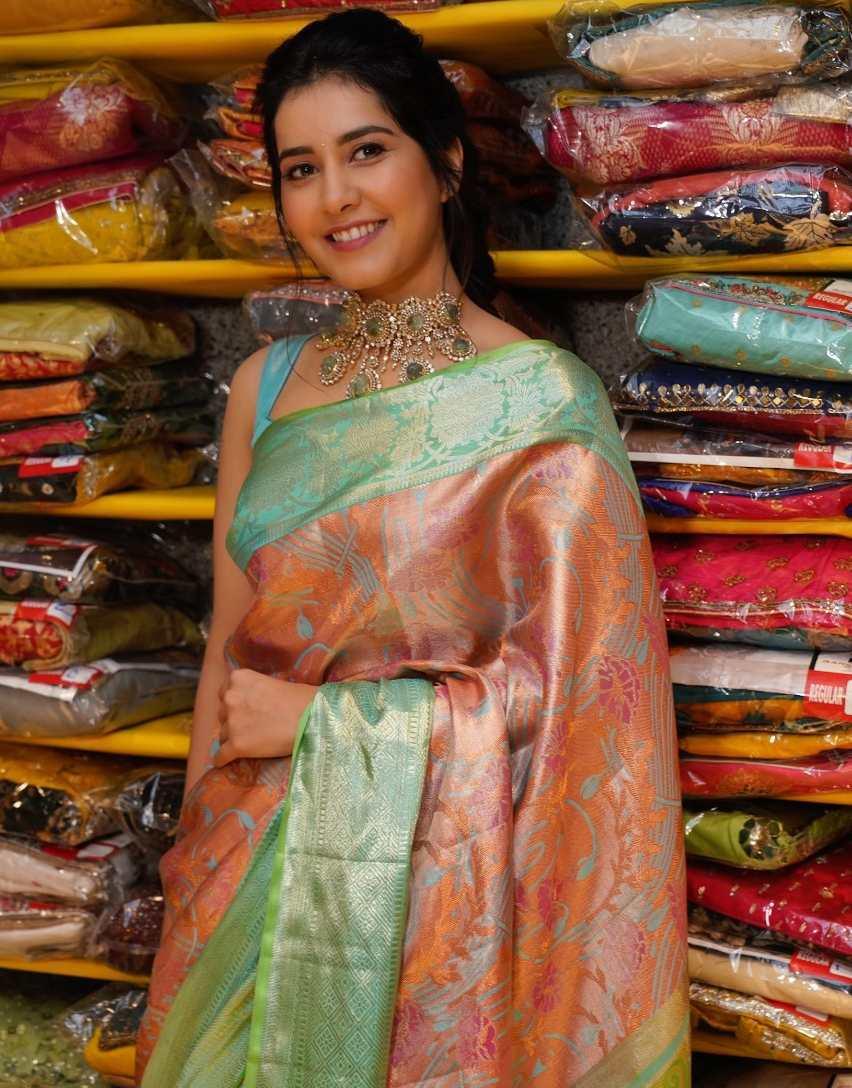 raashi khanna silk saree look at hyderabad