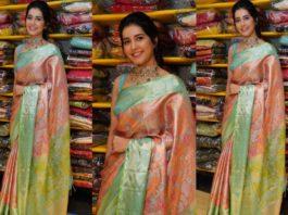 raashi khanna traditional saree at hyderabad store inauguration
