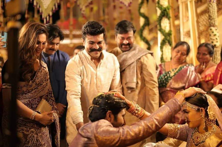 ramcharan and upasana with niharika and chaitanya wedding