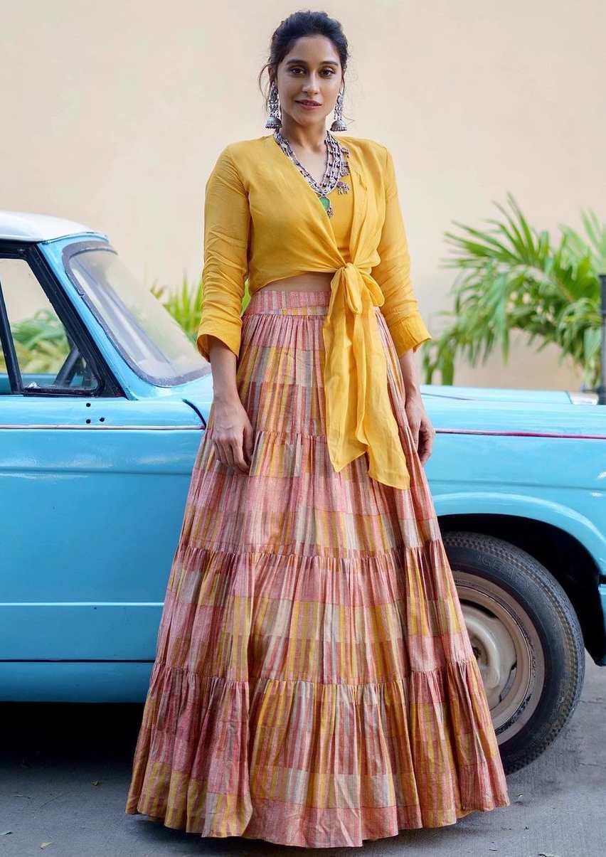 regina cassandra pleated yellow skirt