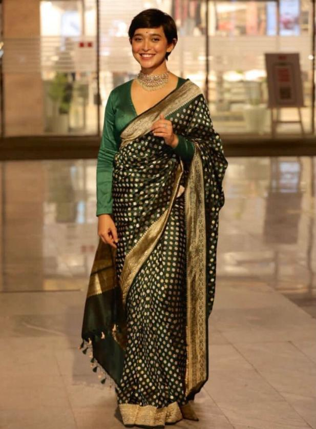 sayani gupta green banarasi saree (1)