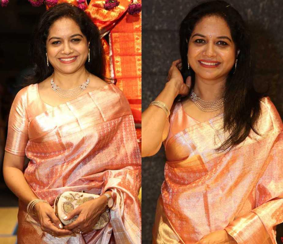 singer sunitha in silk saree at hyderabad