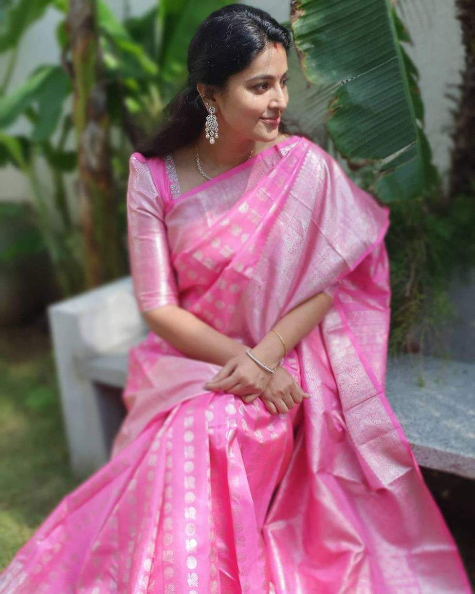 Actress sneha in baby pink saree by shivaja silks for pongal