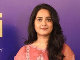 Anushka Shetty in a pink Torani kurta set for Shee Pahi conference2