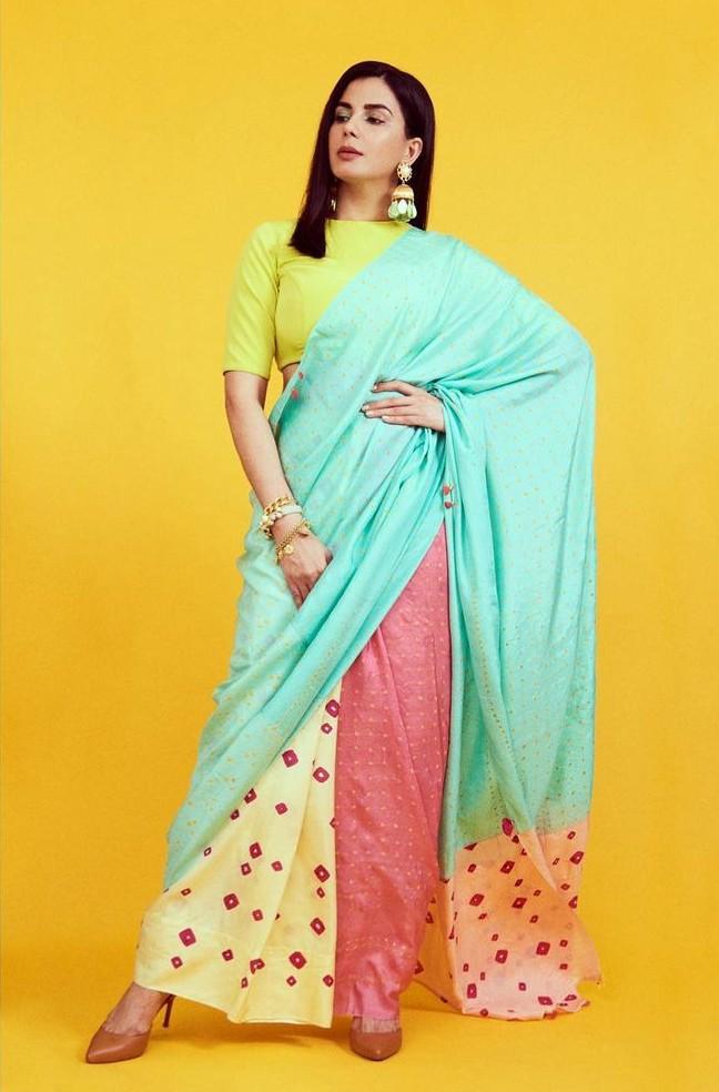 Kirti Kulhari in a multi colored saree by Injiri for Crimninal justice S2-1