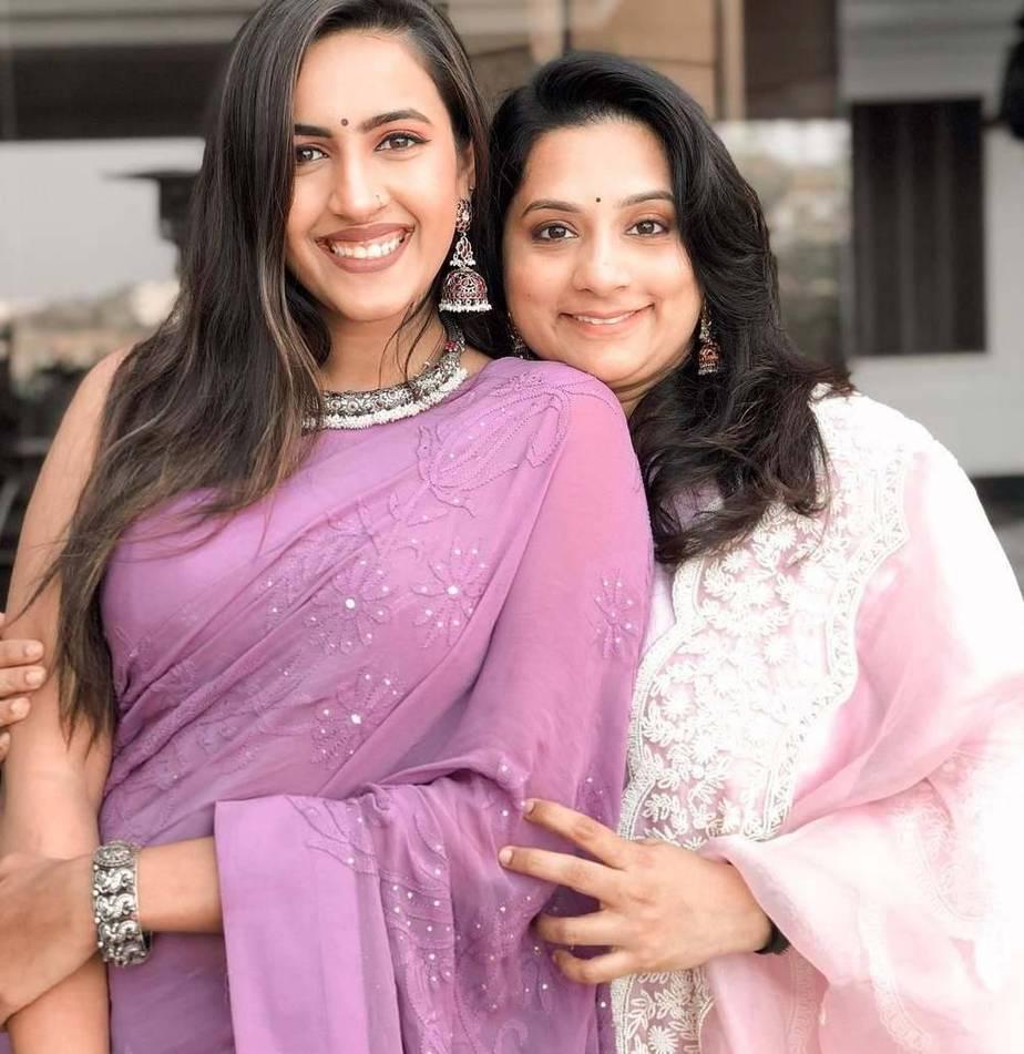 Niharika Konidela and Chaitanya-Sankranthi pictures3
