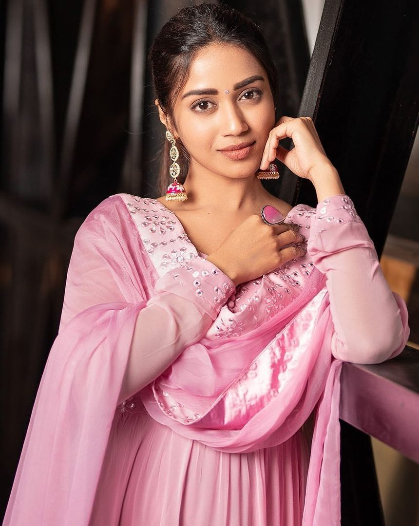 Nivetha Pethuraj in baby pink anarkali by indishree label2