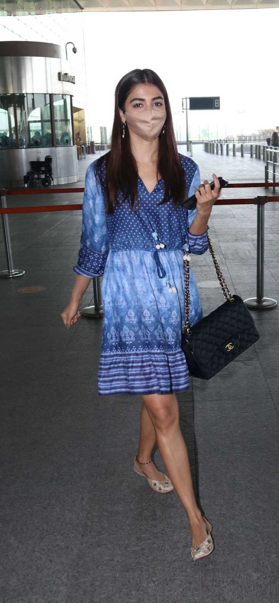 Pooja Hegde in an Anita dongre dress at the Hyderabad airport1
