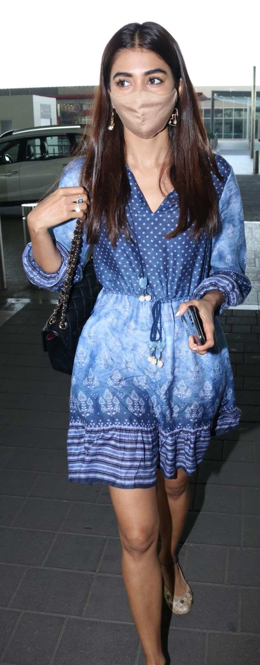 Pooja Hegde in an Anita dongre dress at the Hyderabad airport2