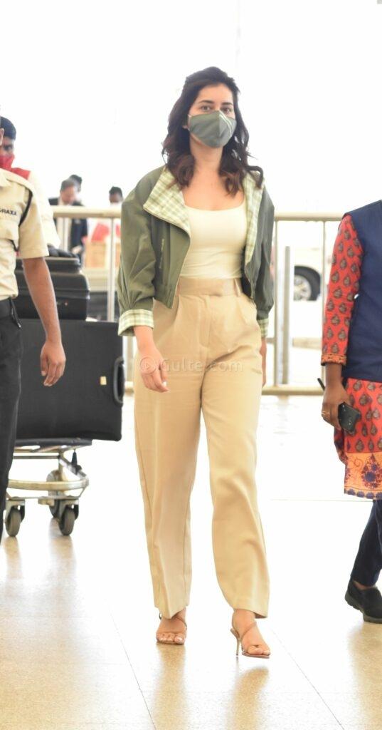 Raashi Khanna in khakhi pants sea weed green jacket at RGI2