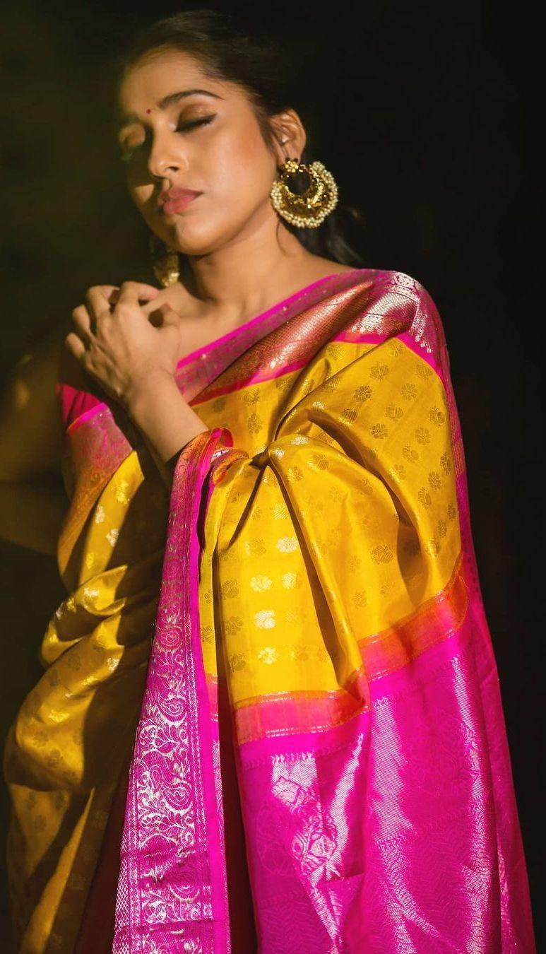 Rashmi gautam in yellow pink pattu saree by rr designs6
