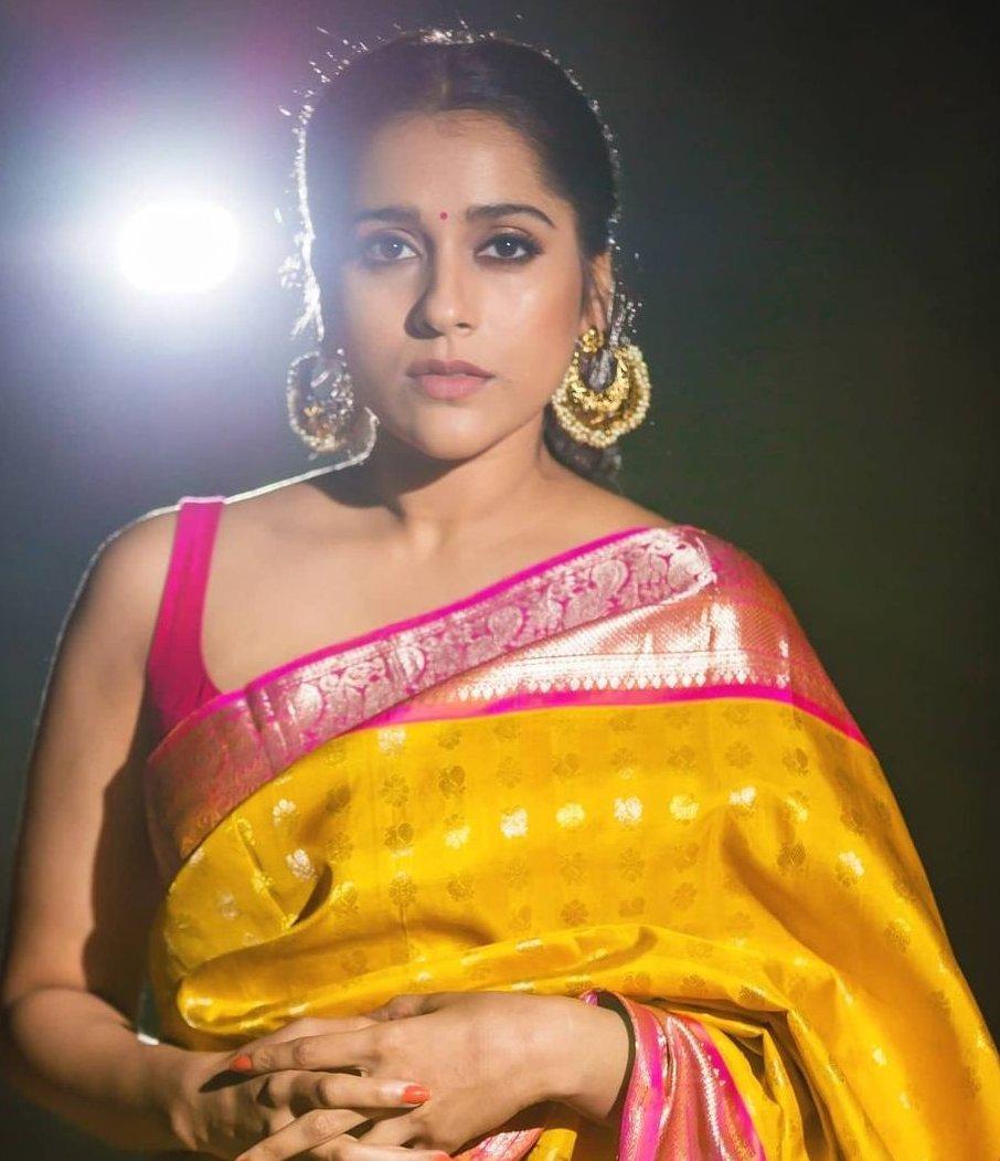 Rashmi gautam in yellow pink pattu saree by rr designs7
