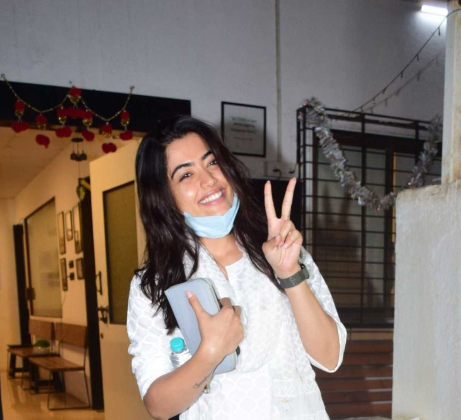 Rashmika Mandanna in white kurta set spotted outside director's office6