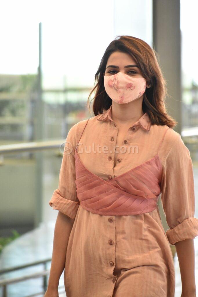 Samantha akkineni in a peach coord set by loom at RGI