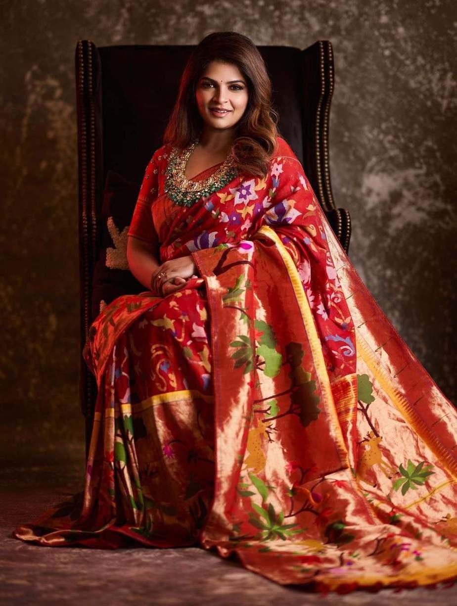 Viranica Manchu in a red jamdani sari by label vida 1