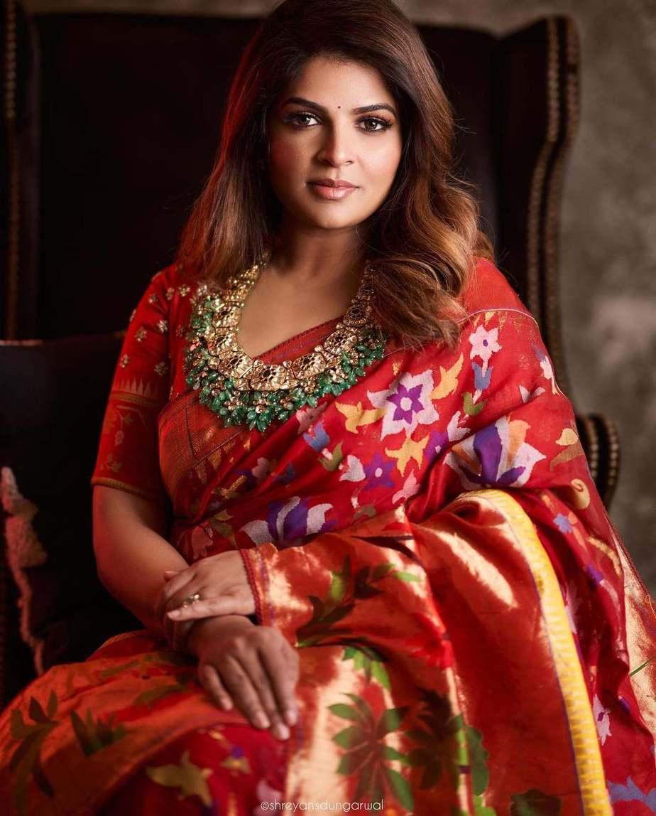 Viranica Manchu in a red jamdani sari by label vida