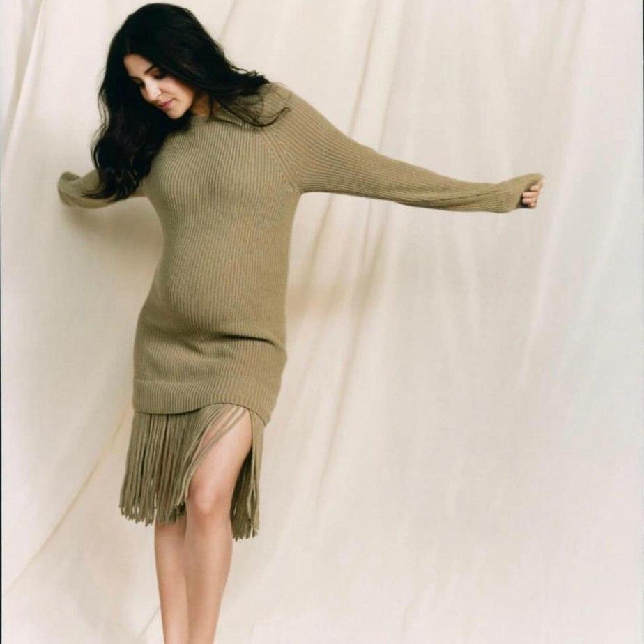 anushka sharma in her maternity photoshoot.