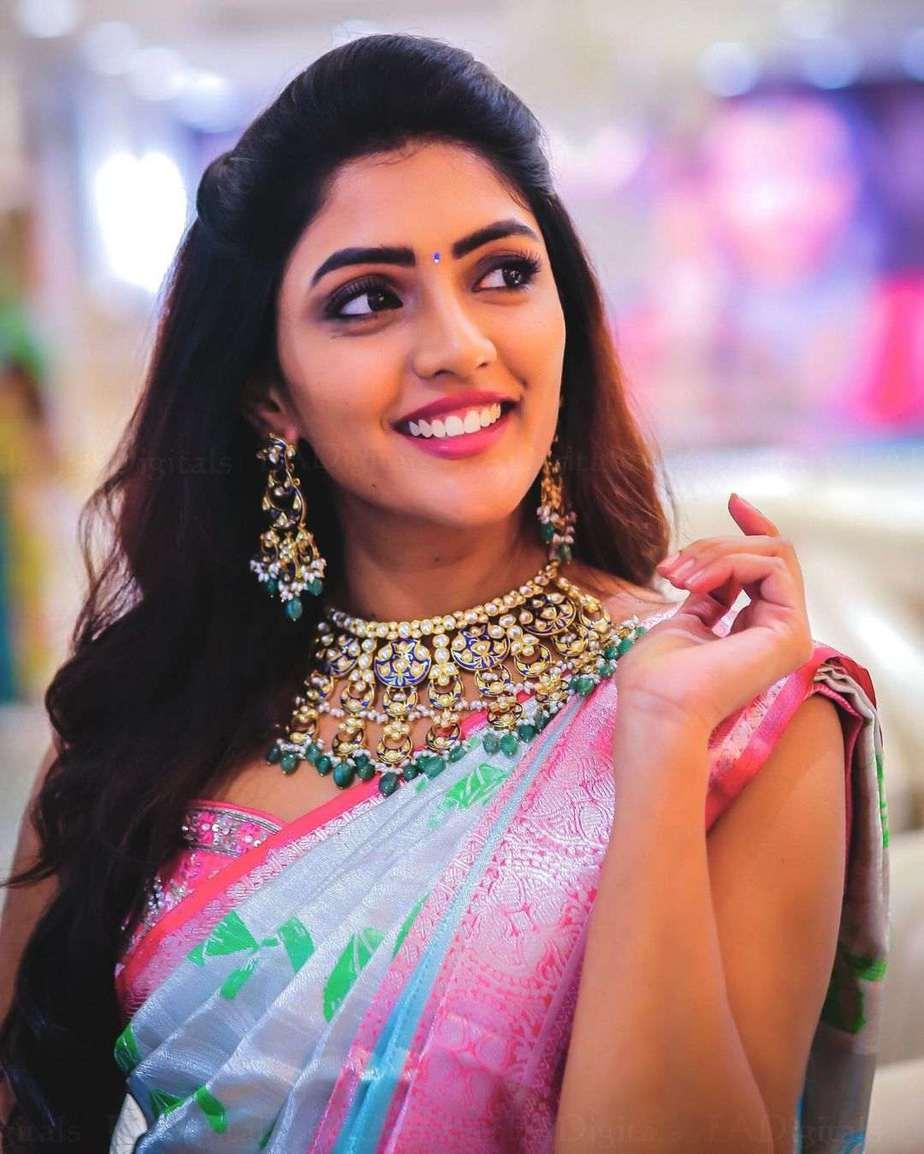 eesha rebba makar sankranthi in pink and silver silk saree