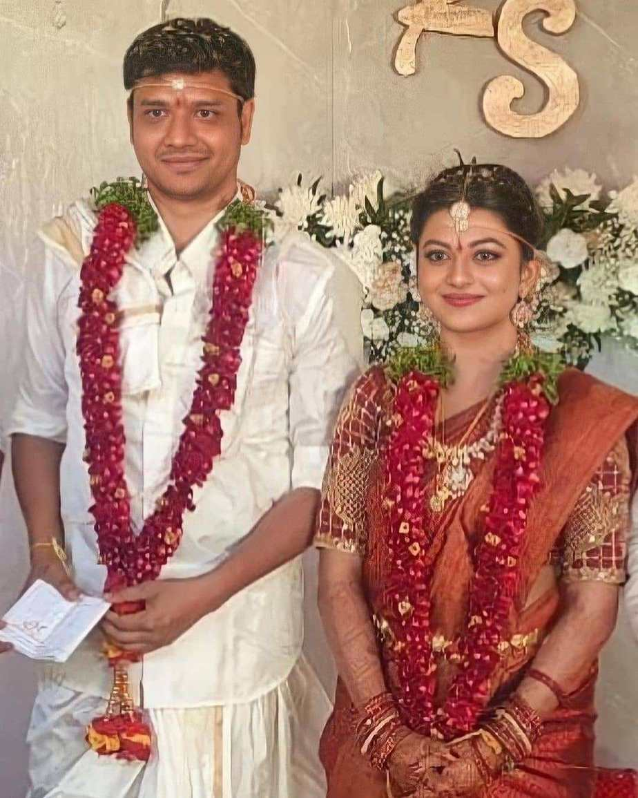 kayal anandhi wedding with socrates pics