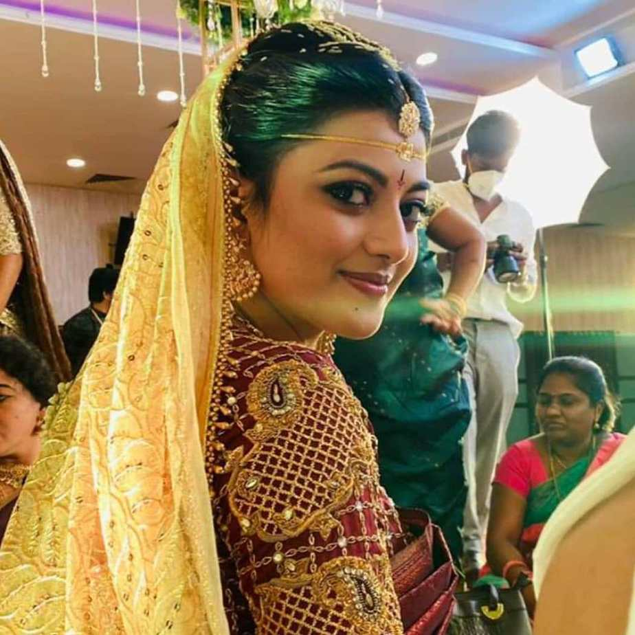 kayala anandhi socrates wedding saree pics