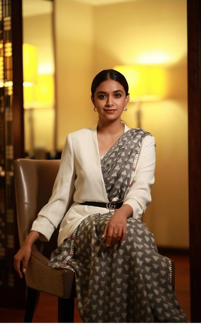keerthy suresh in a grey saree with white jacket and belt2
