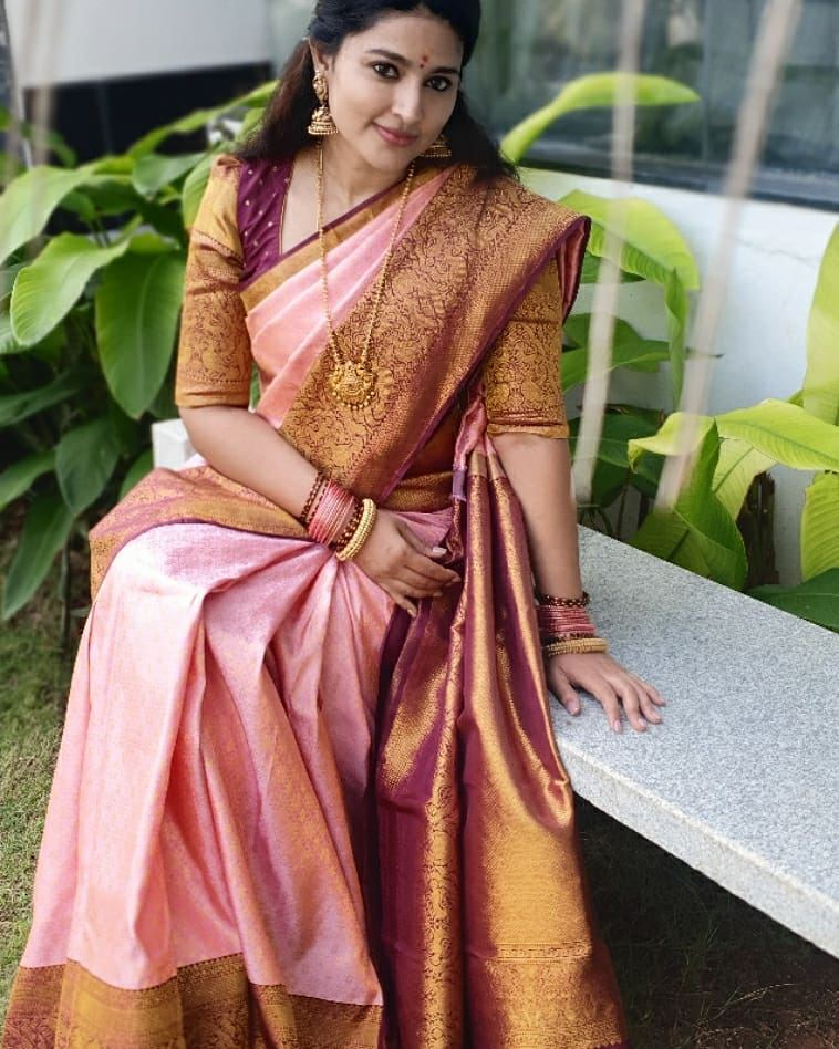 sneha prasanna in baby pink violet kanjeevaram saree for pongal celebrations