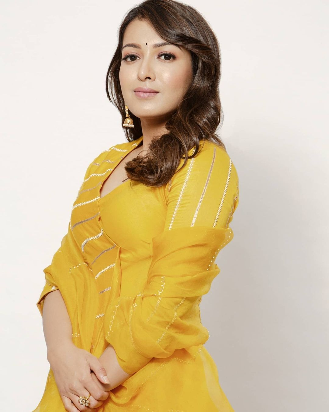 Catherine Tresa in yellow deepthee outfit for Bala thandanna movie pooja2