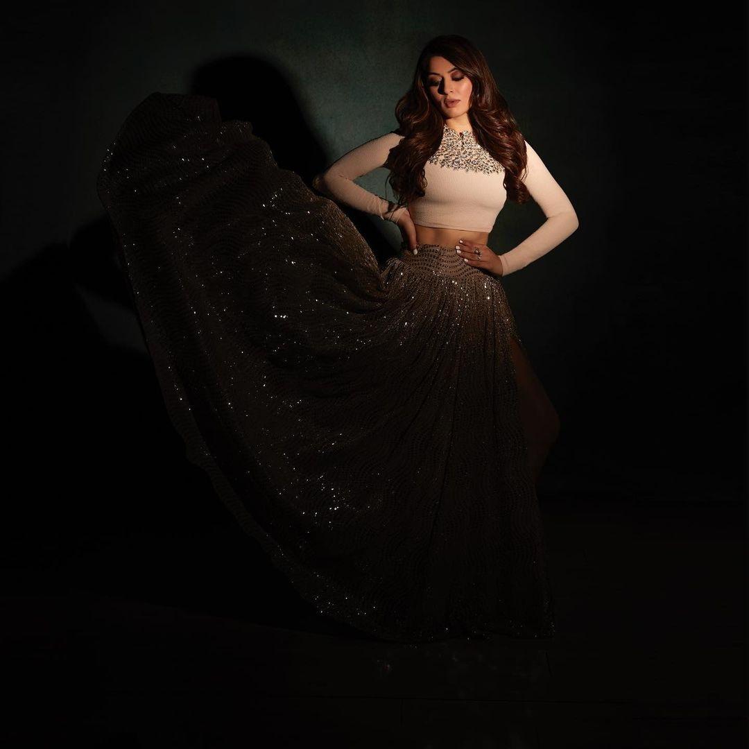 Hansika Motwani in a beige outfit by Label D -4