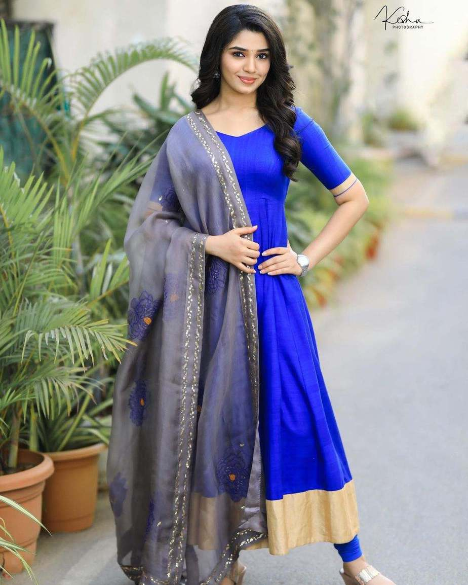 Krithi Shetty in blue anarkali set by bharghavi kunam for uppena promotions1