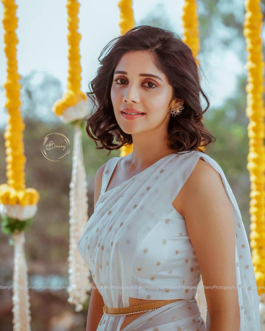 Milana Nagaraj in white kalasthree saree at her haldi1