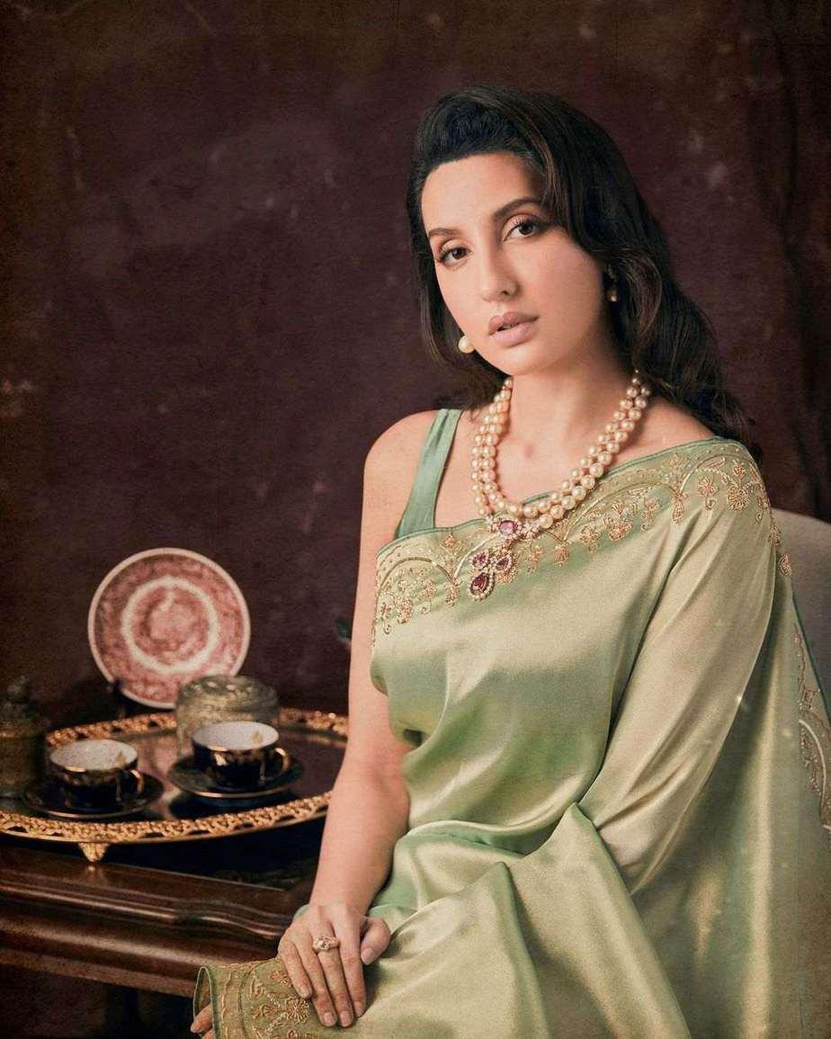 Nora Fatehi in pista saree by Rukhmani for dadasaheb phalke-21-3